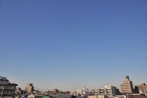 Sky10122701