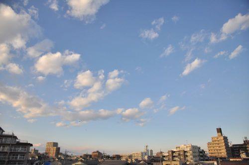 Sky10122902_2