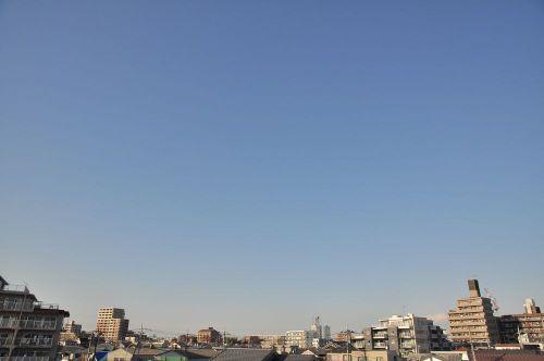 Sky11012201