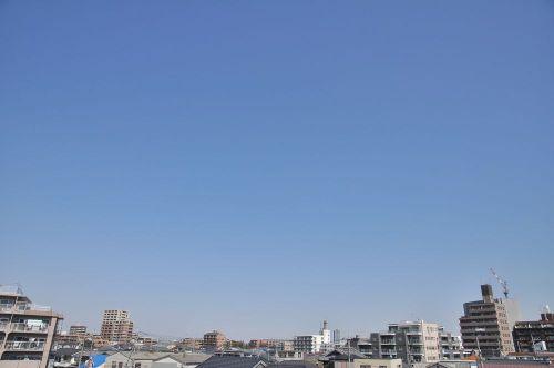 Sky11032801